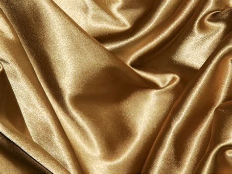 The meaning and symbolism of the word - «Silk»