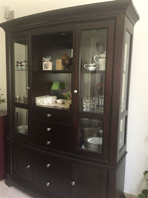 Really good Furniture for sale | Mums in Bahrain