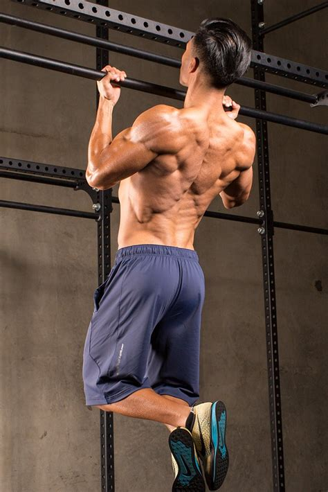 How To Keep Chin-Ups From Jacking You Up   Bodybuilding