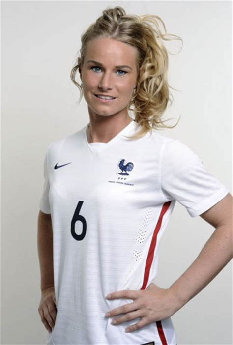 The Sexy Football Girls of the 2015 FIFA World Cup (40