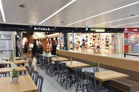 Prague Airport Expands Retail Space by Opening a New