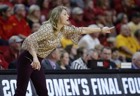 New Lady Vols coach Kellie Harper 'excited to be home' and